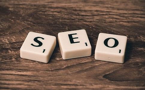 网站应该注重于SEO排名还是用户体验?